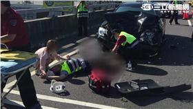 警察被酒駕女撞斷腿