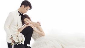 陳曉、陳妍希、神鵰俠侶、婚禮(圖/翻攝自新浪娛樂)