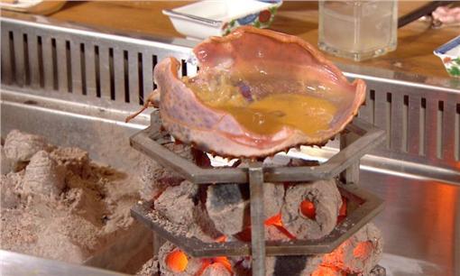 蟹殼裡到底在燒烤什麼???