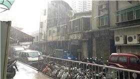 大雨,午後雷陣雨 圖/記者周筠羚攝影