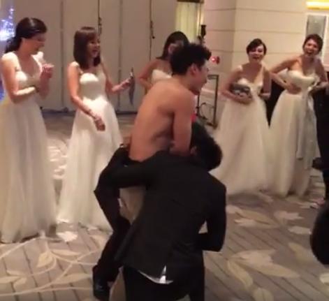 圖翻攝自吳克群直播影片截圖 阿緯結婚