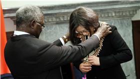 總統接見索羅門群島總理蘇嘉瓦瑞伉儷