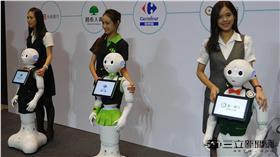 pepper 機器人 Softbank 第一銀行 家樂福 亞太電信 鴻海 葉立斌攝