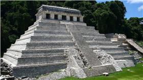 馬雅金字塔藏水道 來世之路從這裡開始 維基百科
