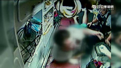 醉漢上救護車失控 攻擊替代役男遭壓制