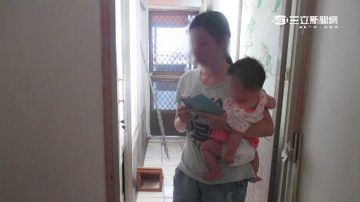 女嬰睡覺翻身卡門縫 母急破窗搶救