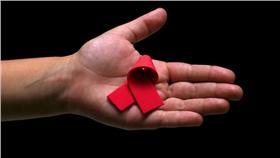 愛滋病,HIV,AIDS https://www.flickr.com/photos/andrewstevensh/7188498637/