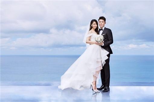 林心如和霍建華婚紗照(圖/林心如工作室提供)