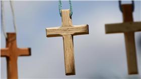 十字架、天主教、基督教、耶穌、祈禱、宗教、信仰、聖物(圖/路透社/達志影像)