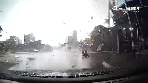 驚悚!龍捲風狂掃越南 屋毀碎片滿天飛