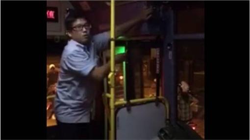 客運,司機,宣導 圖/翻攝自臉書