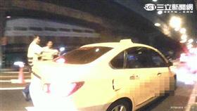 羅姓計程車司機喝酒載客遭警方攔檢逮捕(翻攝畫面)