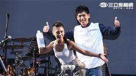 艾怡良首度舉辦大型個唱,倒奶感謝歌迷熱情支持 圖/鄭先生