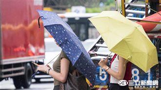 西南風挾強降雨 全台3縣市大雨特報