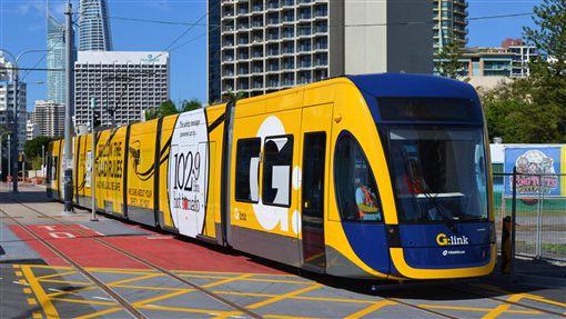 黃金海岸輕軌電車。(圖/翻攝自維基百科)