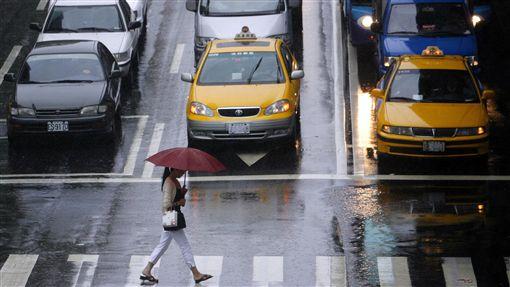 日本,印象,缺點,交通,計程車,下雨圖/路透社/達志影像
