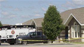 隨機槍殺 翻攝自約普林地球報http://www.joplinglobe.com/news/local_news/shooter-who-went-on-random-spree-faces-multiple-charges/article_2175d52a-9515-5d09-9f49-0453072c27e8.html
