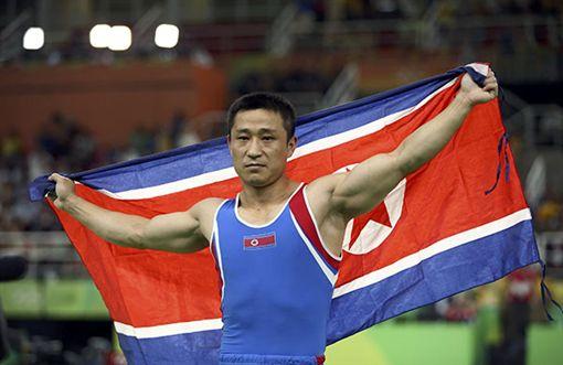 北韓跳馬選手李世光。▲圖/翻攝《澎湃新聞》