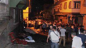 土耳其加濟安泰普(Gaziantep)婚禮遭炸彈客攻擊(圖/美聯社/達志影像)