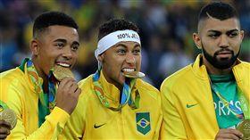 里約奧運巴西隊奪下金牌(圖/美聯社/達志影像)