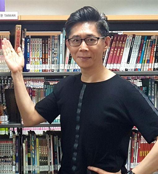 台北市漫畫工會理事長鍾孟舜/鍾孟舜臉書