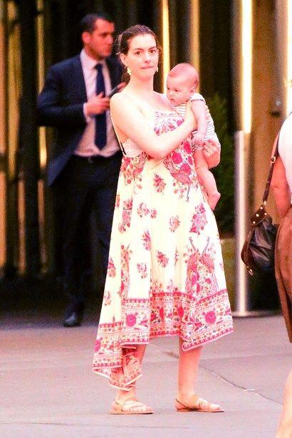 安海瑟薇(Anne Hathaway) 兒子喬納森·舒爾曼圖/Radar Online