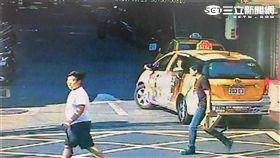 韓男帶著6名友人前往王男任職的卡拉OK店尋仇(翻攝畫面)