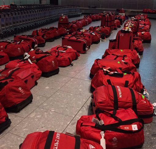 英國奧運代表團統一行李悲劇了(圖/取自Team GB推特)