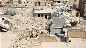 敘利亞、阿勒坡阿爾奈拉伯門、桶裝炸彈、幼童、Bab al-Nayrab、爆炸、戰爭、戰火(圖/路透社/達志影像)