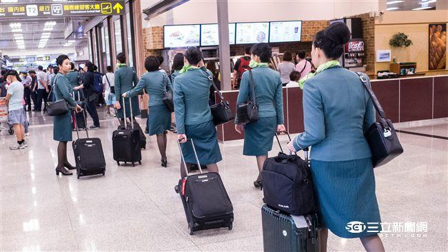 2.5萬國籍航空人員可優先施打疫苗 6、7成有意願