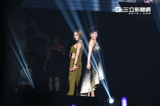 蔡健雅列穆尼亞演唱會小巨蛋熱鬧登場,蔡依林助陣雙蔡合體唱跳演出