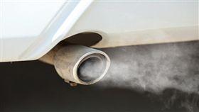 汽車,排氣管/示意圖美國品牌 Shutterstock(情境圖)