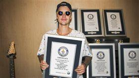 小賈斯汀,Justin Bieber,金氏世界紀錄 圖/翻攝自guinnessworldrecords