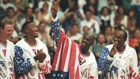 Michael Jordan,Larry Bird,Scottie Pippen,Clyde Drexler,夢幻一隊,奧運(路透)