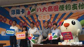 台北市長柯文哲 悠遊卡 八大商圈 盧冠妃攝