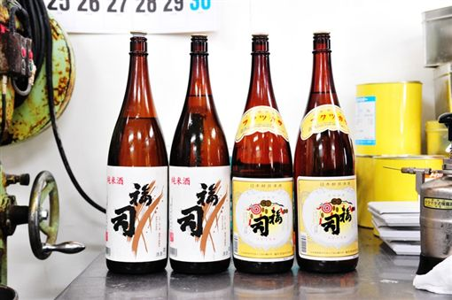 北海道必吃「打針」清酒蛋糕 注進釧路職人精神