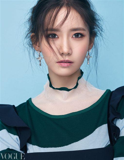 少時潤娥登Vogue雜誌封面/Vogue提供(勿用)