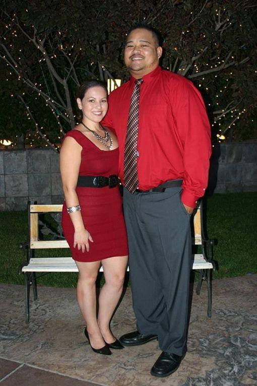 Jeff Parungoa,Jennifer Favela(圖/翻攝自Jeff Parungoa臉書)https://www.facebook.com/photo.php?fbid=10208649805223646&set=piaarp.1265861793.10208649805063642&type=3&theater