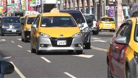 力拚Uber! 擬鬆綁計程車