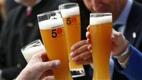 啤酒、喝酒、酒鬼(圖/路透社/達志影像)