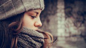 思考,沉思,憂鬱,情緒,女孩,女人,冬天 ▲圖/攝影者withbeautiful, Flickr CC License http://goo.gl/GjL6KY