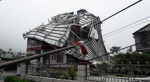 高雄,颱風,災情,莫蘭蒂(圖/爆料公社)