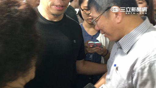 台北市長柯文哲視察國光西站 盧冠妃攝
