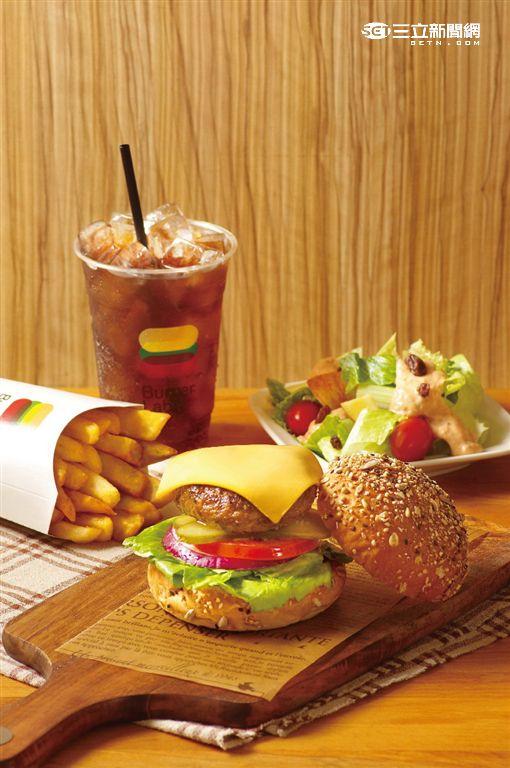 台北天成大飯店全新品牌:Burger Lab漢堡研究室。(圖/天成飯店提供)