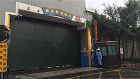 馬勒卡颱風 水利處關閉水門拖吊車輛 北市水利處提供 16:9