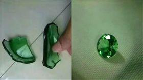 戒指,玻璃瓶 圖/翻攝自成都商報