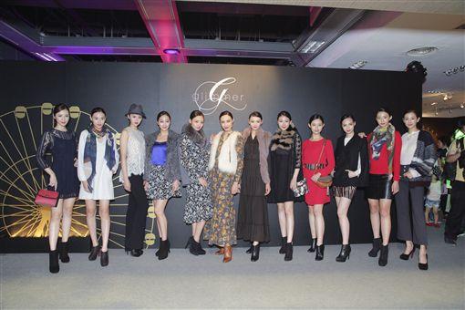 台灣超模邱馨慧領銜2016秋冬時裝主秀。