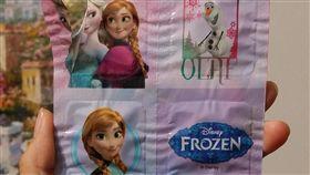 冰雪奇緣糖果包裝像保險套_Dcard