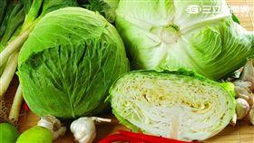 颱風天搶蔬菜 全聯祭優惠、高麗菜一粒89元