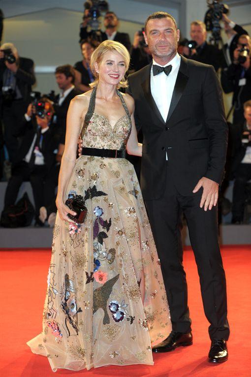 娜歐蜜華茲(Naomi Watts)與李佛薛伯(Liev Schreiber)爆分手。(圖/達志影像)